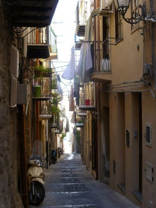 One of the many narrow streets in Cefalù