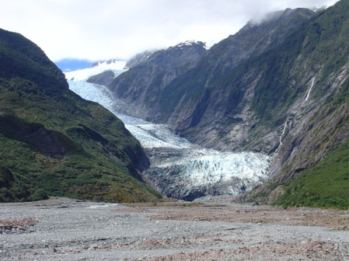 Fox Glacier is a colossal13kms long, making Fox Glaicer the longest of New Zealand's glaciers. At its peak of over 10,000ft, Fox Glaciers offers stunning views across the South Island, including Mount Cook (Aoraki) and Mount Tasman.