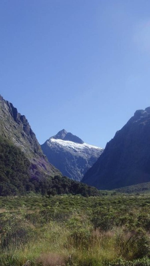 Approaching the Homer Tunnel on the Milford Road